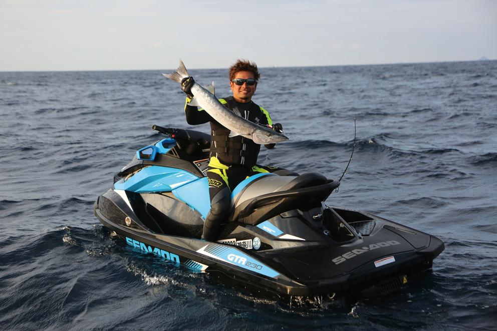 PWCフィッシングの醍醐味はこの手軽さ!!シードゥに乗って沖縄の魚を釣り尽くす!!